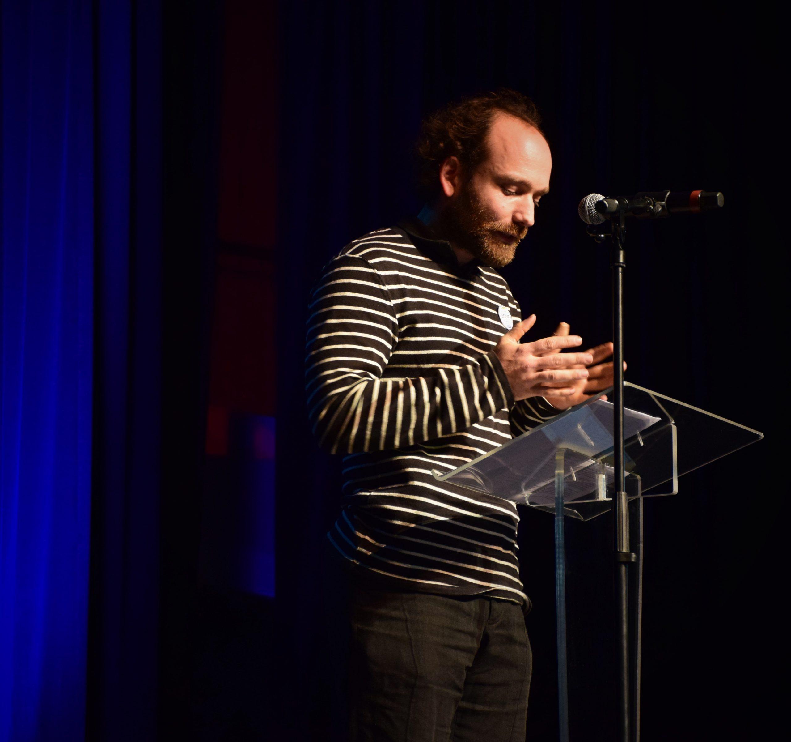 Pierre Ouvrard, vice-président de l'ADIVAS, souligne l'importance du réseau et l'intérêt d'une association de diplômés.  Crédit photo : ©Club photo CDA