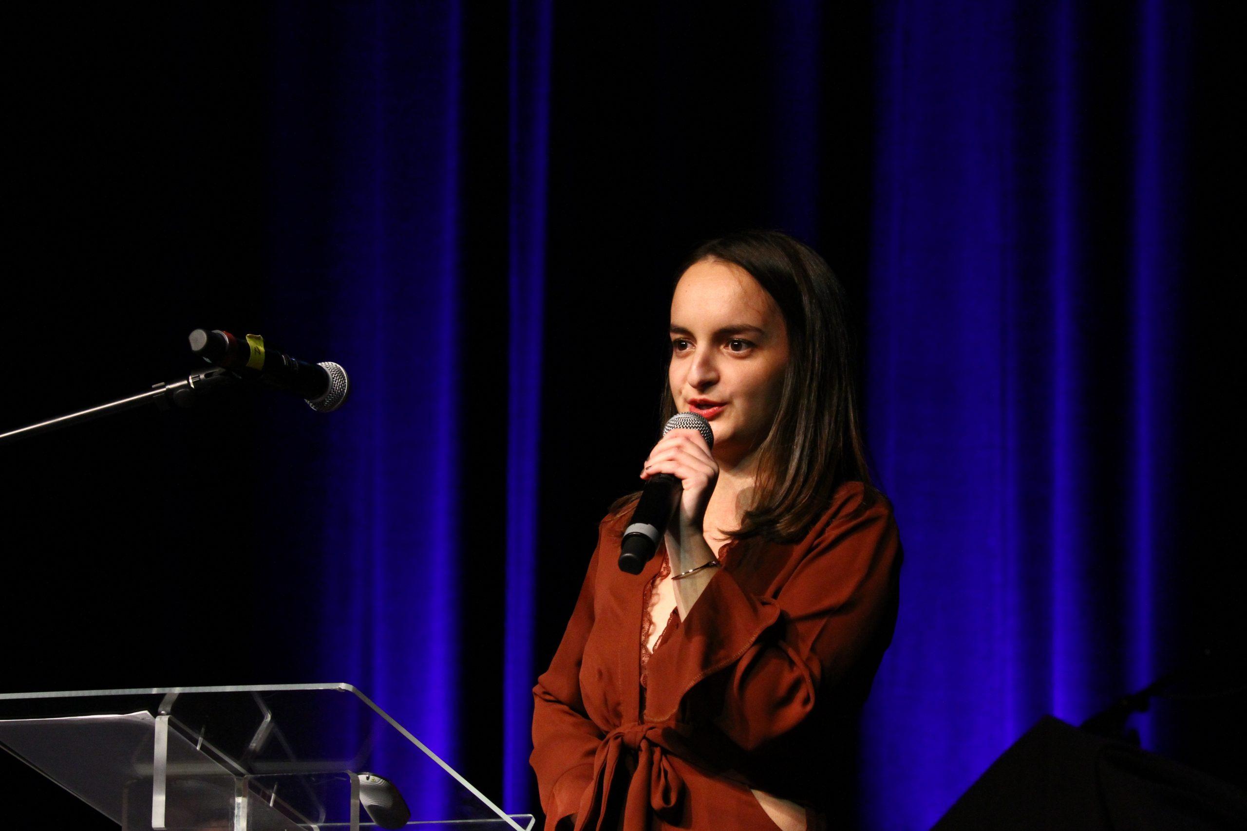 Interventions des diplômés : Camille Bouquet pour l'option AEST.  Crédit photo : ©Club photo CDA